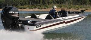 bass cat boats research 2013 bass cat boats margay on iboats
