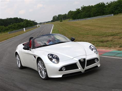 Alfa Romeo 8C Spider picture # 12 of 33, Front Angle, MY ...