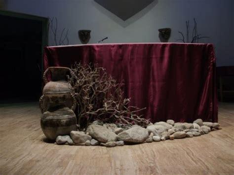 altar ed states liturgical decoration  lent deacon