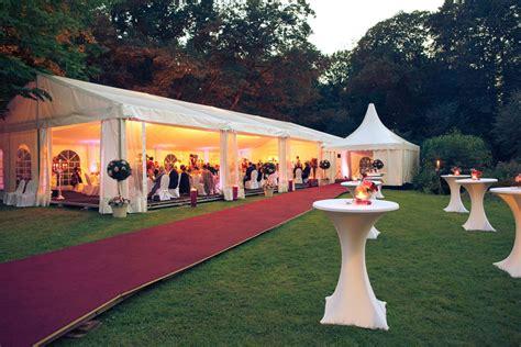 Garten Mieten Für Hochzeit by Zelthochzeit Romantisches Abendfeeling Zelt