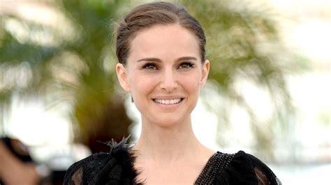 Natalie Portman Looks Exactly Like This Photo Year