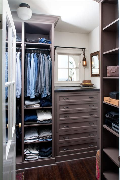 S Wardrobe Closet by 16 Stylish S Walk In Closet Ideas Hgtv