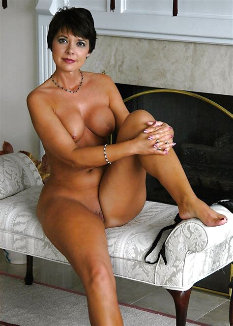 milf Pictures club sexy mature milf Tanja Simply Stunning 2