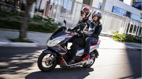 Pcx 2018 Foto by Honda Lan 231 A Pcx Sport 2018 Por R 11 000 Veja Fotos