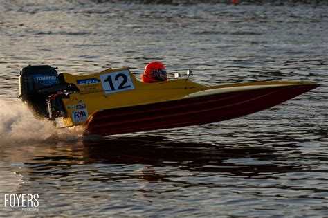 Speed Boat Racing by Oulton Broads Speed Boat Racing