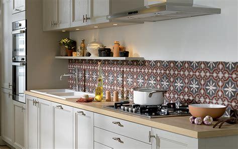 cr馘ence pour cuisine blanche faience pour credence cuisine 28 images realisation credence de cuisine en faience