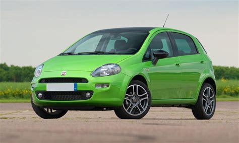 Fiat Punto 2018 – Listino prezzi, motori e consumi | AllaGuida