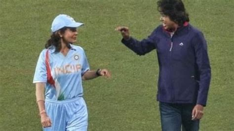 anushka sharma  play  captain  indias women