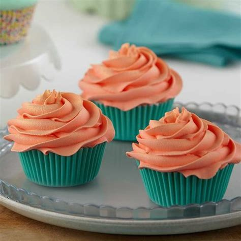 Wilton Cake Decorating Classes by How To Make A Tip 1m Swirl Wilton