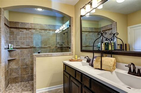 David Weekley Homes   Grayton, master bathroom 2,117 Sq Ft