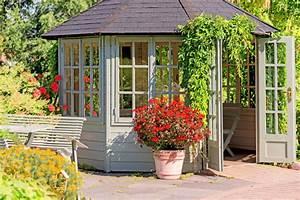 Tipps Für Hausbau : dachrinne am gartenhaus anbringen schritt f r schritt erkl rt ~ Markanthonyermac.com Haus und Dekorationen