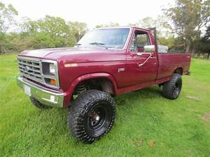 83 1983 Ford F150 Regular Cab Long Bed 4 9 6 Cyl 4x4