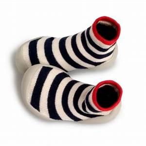Chausson Chaussette Bébé : chaussons pour b b chaussettes ou en cuir souple guide consommation ~ Teatrodelosmanantiales.com Idées de Décoration