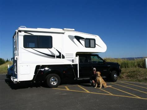 item   soldrecreational vehicles truck campers  host tahoe ds located
