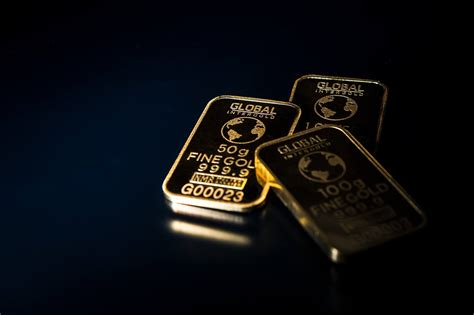 The advertising campaign launched by digital asset management firm grayscale has begun to show results. Grayscale's Pro-Bitcoin #DropGold Campaign Timed the Precious Metal's Bottom   Cryptoglobe