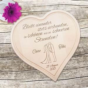 Liebe Berechnen : holzherz zur hochzeit paarsilhouette mit treuespruch personalisiert ~ Themetempest.com Abrechnung
