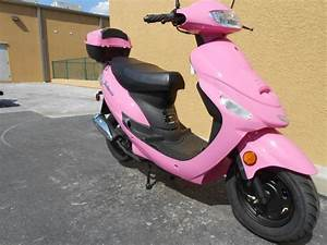 Pink Vespa Scooter http://www.iseecars.com pink cars, pink ...