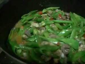 """""""GINISANG BATAW""""(sauteed wild beans with chicken gizzard ..."""