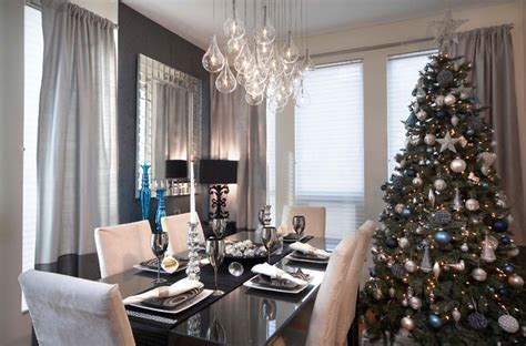 Gorgeous Christmas Dinner Table Decorations with Luxurious