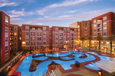 student housing developer brings  campus amenities