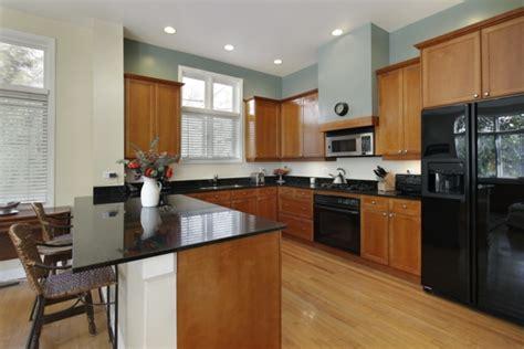 deckenbeleuchtung küche die alte küche renovieren verleihen sie dem küchenbereich neuen look