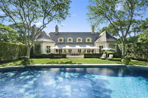 A Versailles Inspired Home On Georgica Road Asks 735m