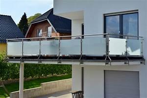 Sichtschutz Für Balkongeländer : balkonverkleidung material ausstattung und nutzen ~ Markanthonyermac.com Haus und Dekorationen