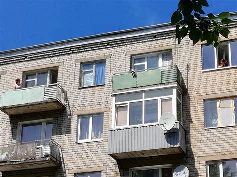 Plāno veikt padomju gados celto ēku tehniskā stāvokļa ...