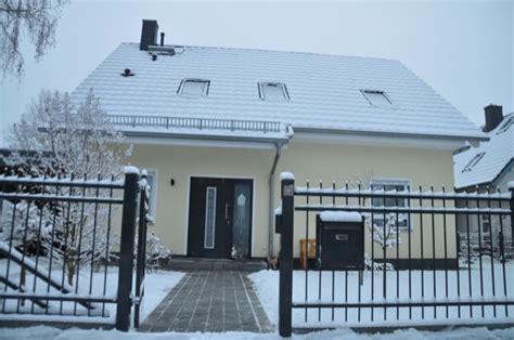Zaun Für Haus by Winter Impressionen Fotos Vom Zaun Und Haus Im Schnee
