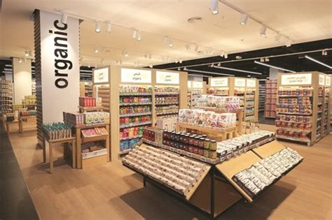 monoprix siege qatar welcomes the s largest monoprix hypermarket