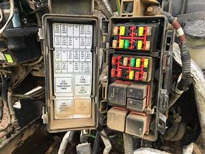 2a46a 2011 Kenworth Fuse Box