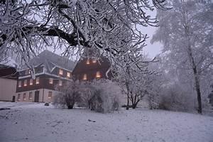 Weihnachten Im Erzgebirge : verlegerhaus in seiffen winter und weihnachten im erzgebirge ~ Watch28wear.com Haus und Dekorationen