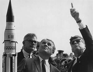 NASA - Rocket Man: Wernher von Braun