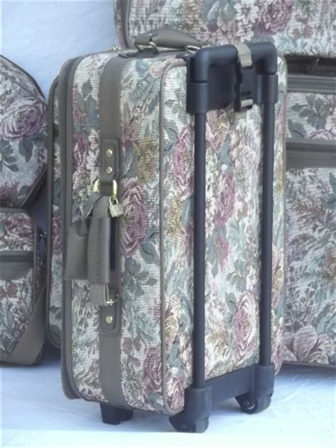 vintage floral tapestry luggage soft sided suitcases satchel bag