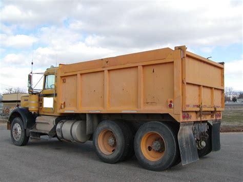 used kenworth w900 dump trucks sale kenworth w900 dump trucks for sale 136 used trucks from 9 500