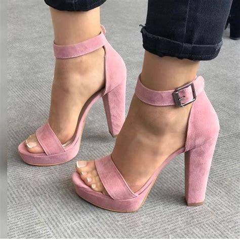How to Wear Chunky Heels - 27 Trendy Stylish Chunky Heel - Her Style Code