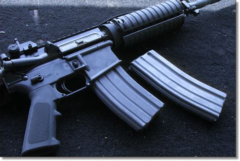 Patio Tuerca Panama Telefonos 100 ak47 m16 gun men 70s 2015 u2013 the everyday