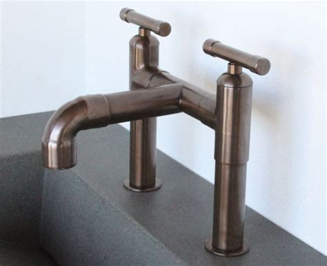 LET'S STAY: Cool Industrial Style Faucets