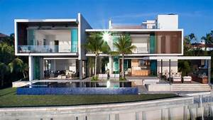 A New Modern Waterfront Home Arrives In Miami CONTEMPORIST