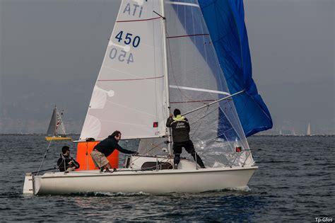 cabinato a vela usato piccoli grandi amori quando la lunghezza della barca non