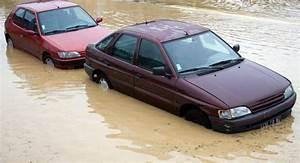 Dämmmatten Auto Innenraum : hochwasserschaden am auto wer zahlt die reparatur auto motor und sport ~ Frokenaadalensverden.com Haus und Dekorationen
