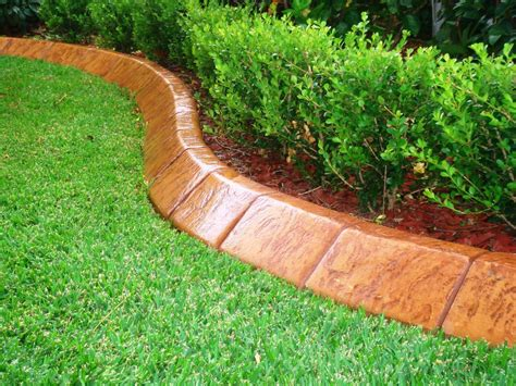 outdoor lowes edging   aggressive curves garden