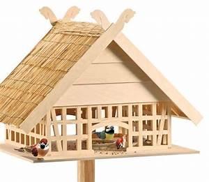 Vogelhäuschen Bauen Anleitung : fachwerk vogelhaus v gel igel insekten und co pinterest v gel haus und rustikale ~ Markanthonyermac.com Haus und Dekorationen