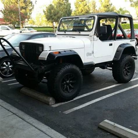 white jeep wrangler 2 door white 1988 jeep wrangler yj base sport utility 2 door 4 2l