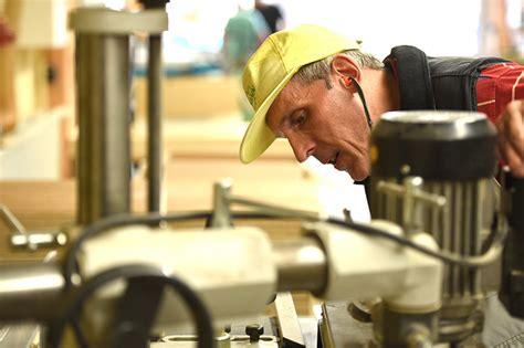 holz und kunststoff holz und kunststoff kjf werkst 228 tten arbeit und bildung f 252 r menschen mit behinderung