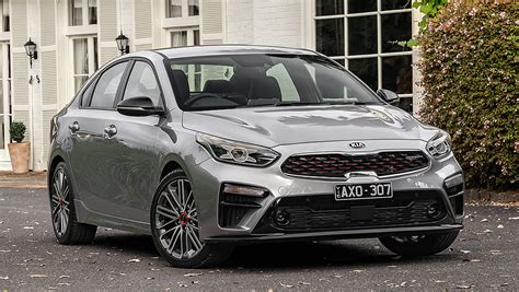 kia cerato  pricing  specs confirmed car news