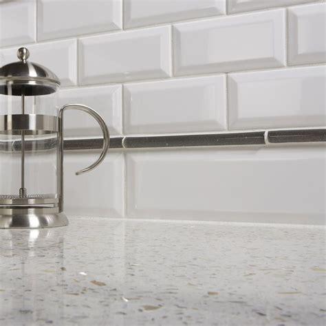 beveled subway tile kitchen 17 best ideas about beveled subway tile on all 4617
