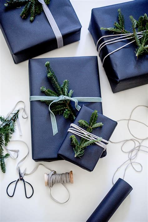 wildflowers blog gift wrapping with fresh pine