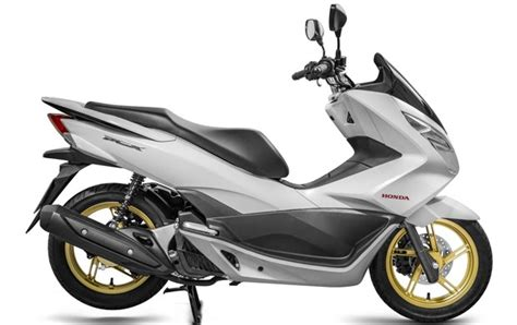 2016 Honda Pcx150 Scooter Ride Review