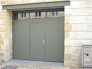 la porte de garage sectionnelle sur mesure With porte de garage sectionnelle jumelé avec porte sécurité
